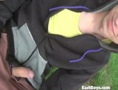 Amateur European Gets Handjob In Public Park