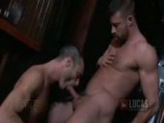 Drinking Leads to Gaysex at a Bar