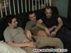 3 buds a sucking
