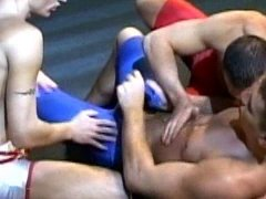 wrestler jocks fuck in spandex